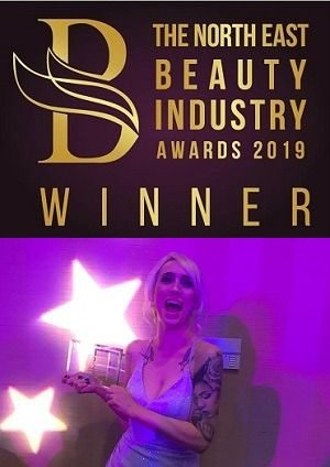 iBrow Junkie Kay Mac Dobson Wins Best Semi-permanent Make-up Award